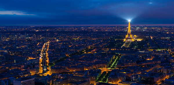 Smart cities - Paris tries to blend smart technology with historic buildings