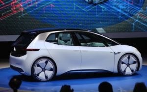 109880874_a_volkswagen_id_concept_electric_automobile_sits_on_stage_as_it_is_unveiled_on_the_first_p-xlarge_trans3nrzrzx-ghc7wrebs2hszqw2cq85cvazx6zpdpdhhjq